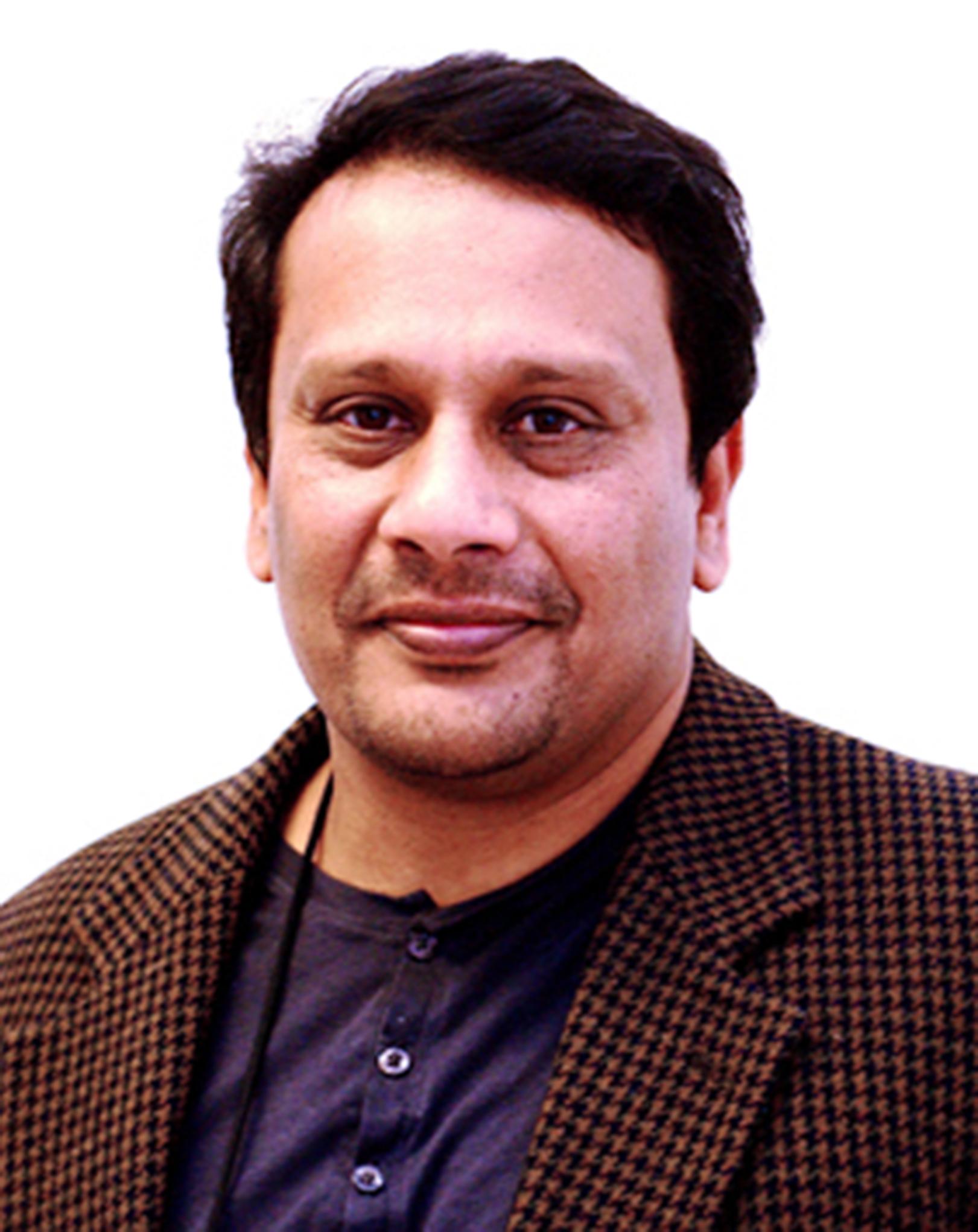 Dr Sunil